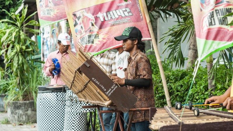 Indoneesia blogi: Yogyakarta tänavamuusikud