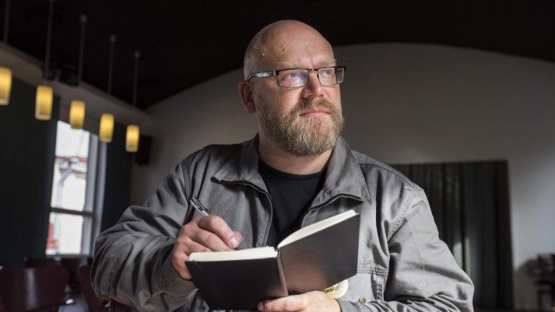 Kivisildnik: jube hea, kui raamat on ühe  ööga valmis kirjutatud, palju närvi hoiab kokku