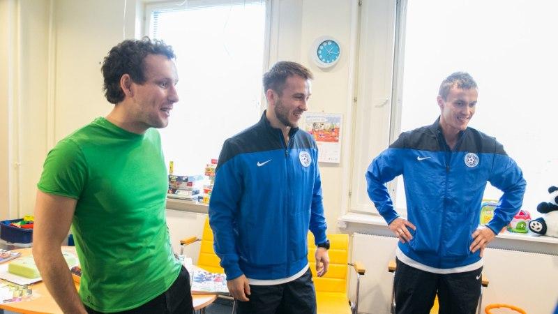 GALERII: Eesti jalgpallikoondis külastas Lastehaiglat