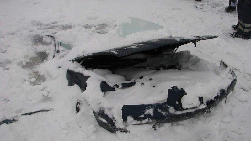 Männiku karjäärist päästeti kaks autot