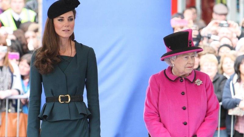 KUNINGANNA KÄSK: Kate Middleton peab hakkama kandma pikemaid seelikuid!