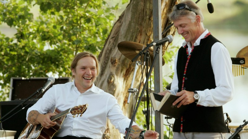 Tarandite ja Viidingute suguvõsa tähtsaim traditsioon on laulmine