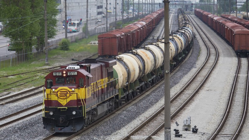Kaubavedude maht Eesti raudteel kahaneb, naabritel aga hoopis kasvab