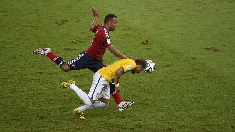"""Pisarais Neymar oma vigastusest: """"Jumal õnnistas mind!"""""""