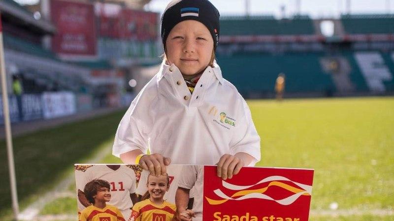 6aastane Eesti poiss saadab Argentiina – Holland mängu eel vutistaari platsile!