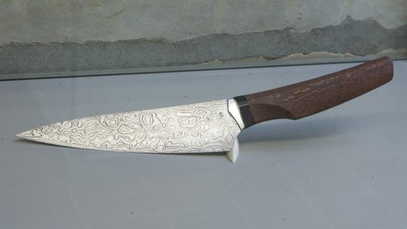 Noameister Tõnu Arrak: käsitsi tehtud nuga saab võrrelda luksuskellaga