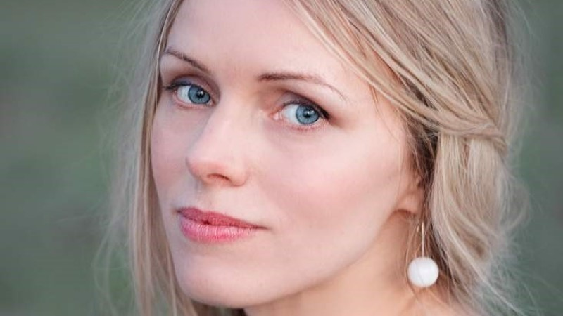 """Kristiina Ehin: """"Kauges külas"""" sõnad sündisid vastuolulistest tunnetest"""