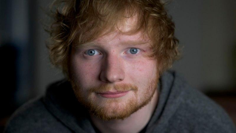 """Ed Sheeran aitas lapsepõlvesõbral pangalaenu tasuda ehk Loe, kuidas sündis hittlugu """"Thinking Out Loud"""""""