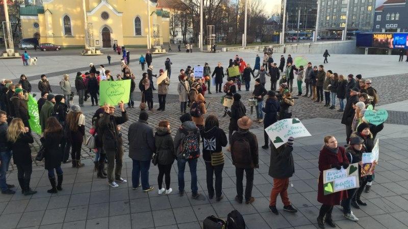 ÕHTULEHE VIDEO JA GALERII | Meil ei ole planeet B-d ehk Tallinnas peeti kliimamarssi