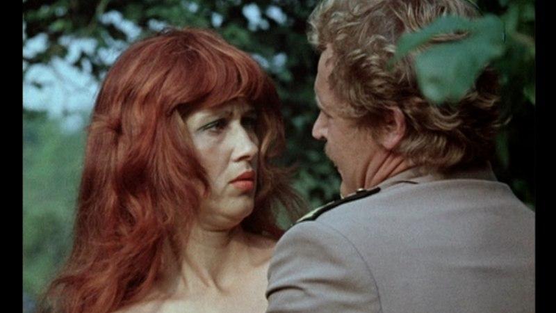"""""""Punapea Renate jääbki minu mällu noore tüdrukuna."""""""