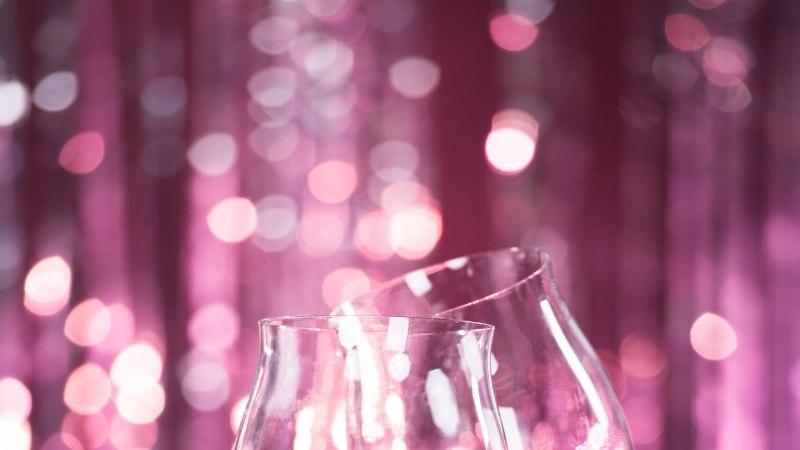 Kaheksa põhjust, miks oma tervise nimel punast veini juua