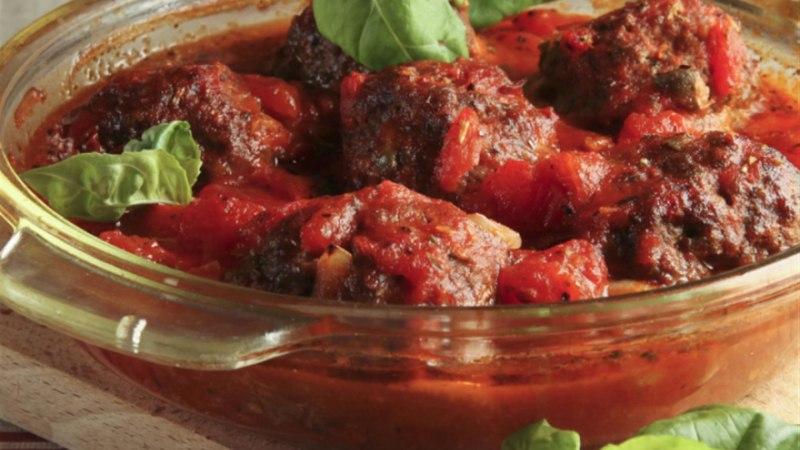 Lihapallid tomatikastmes