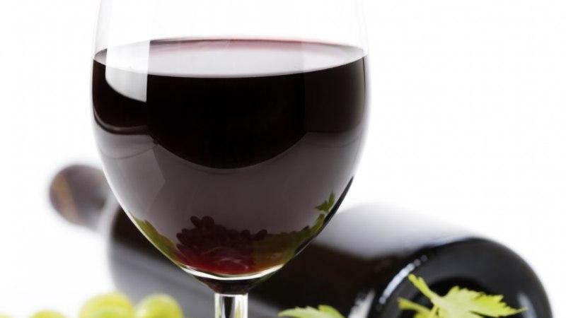 Kuus head põhjust, miks igal õhtul klaas punast veini juua