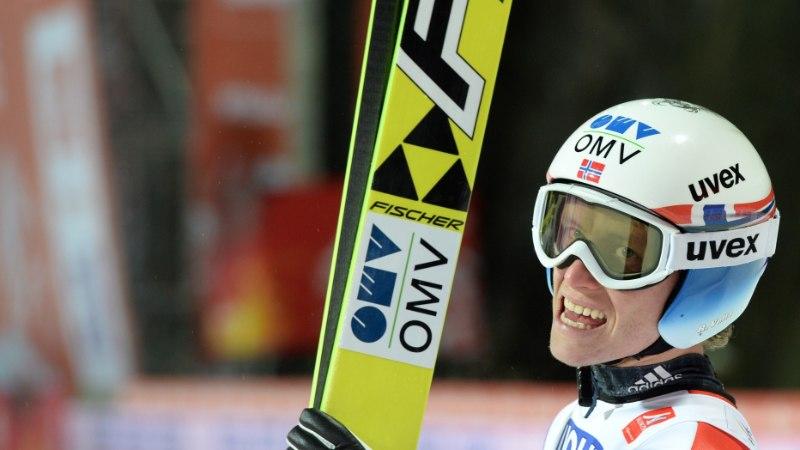 GALERII: normaalmäel krooniti maailmameistriks Norra üllatusmees
