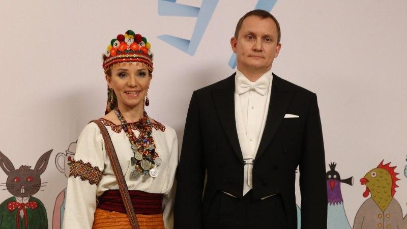 FOTOD: üllatajad kätlemistseremoonialt: kes üllatas etnomoega ja kes oli vastuvõtu kõige ilusam paar?