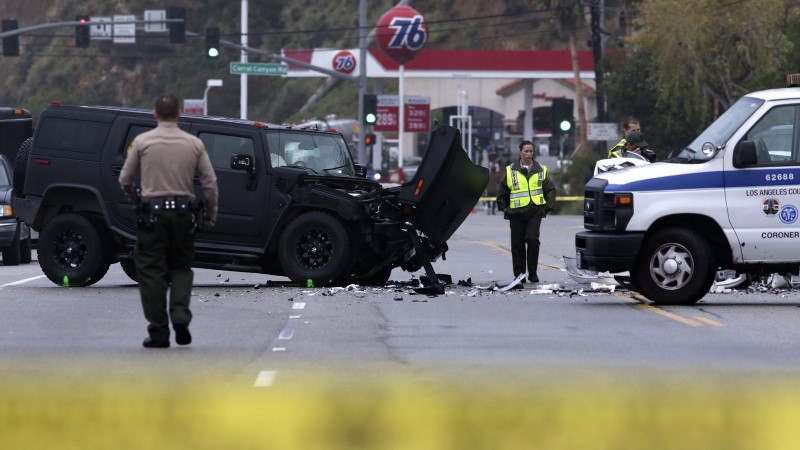 FOTOD: Bruce Jenner sattus ränka avariisse, milles hukkus inimene