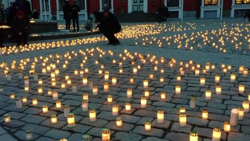 GALERII JA VIDEO: Eestis meenutati küüditamise aastapäeva