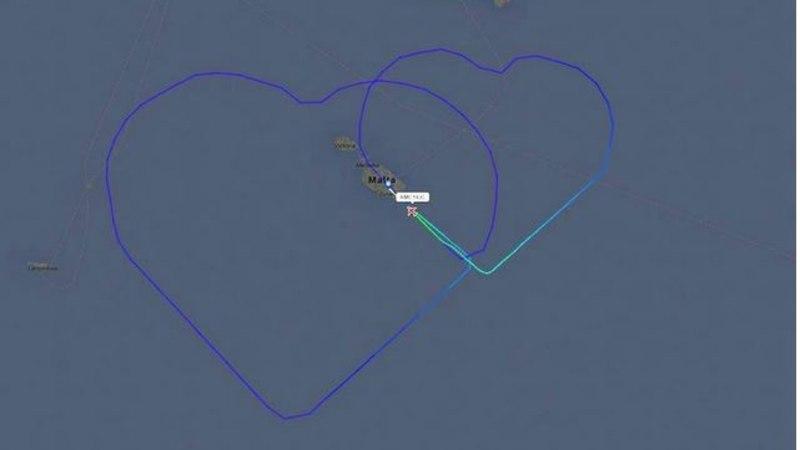 KAKS SÜDANT TAEVAS: Malta lennufirmas töötav pruutpaar tähistas abiellumist erakordsel viisil