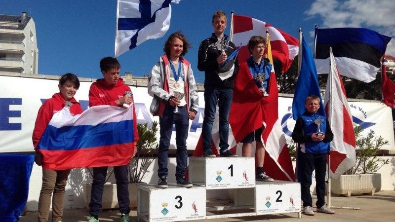 FOTOUUDIS: noor Eesti purjetaja krooniti Euroopa meistriks