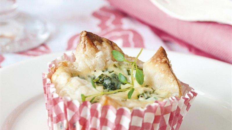 Mini-quiche'id kitsejuustu ja maitserohelisega