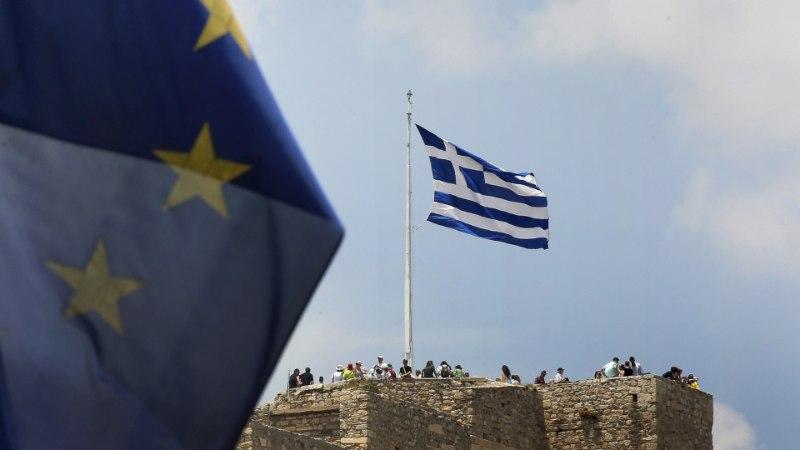 Kõver nagu Kreeka € ehk lugu sellest, kuidas iga kuu põletab Eesti Kreekas 160 miljonit eurot