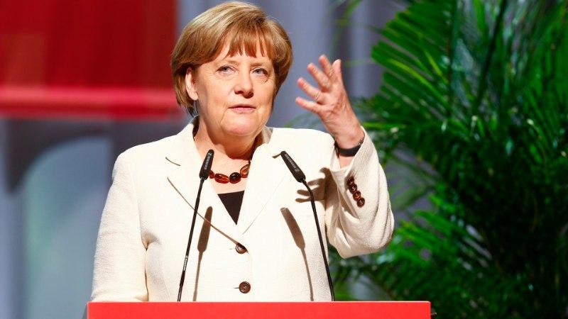 Merkel Facebookist: tore, kui olemas on, aga õnnelikuks ei tee
