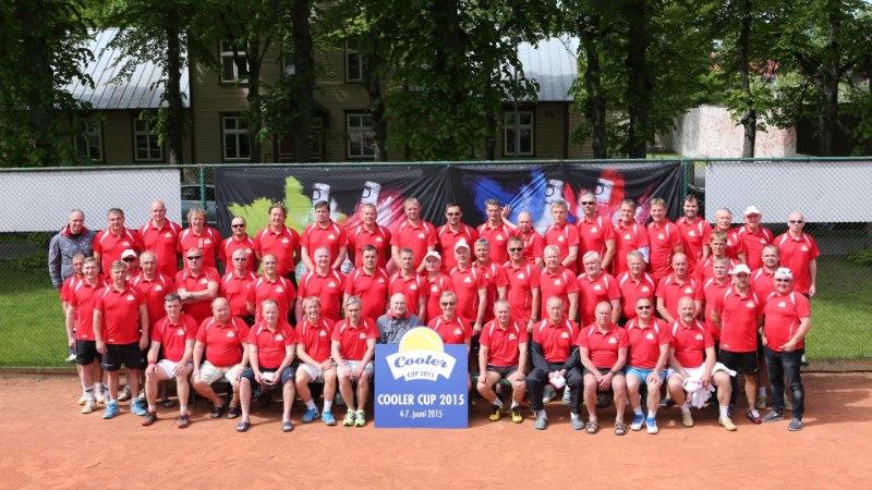 GALERII   Prestiižsel harrastajate tenniseturniiril jagati võidukarikat 11. korda