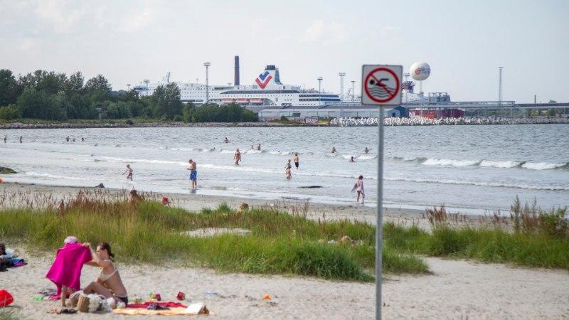 RUSSALKA JUURES SUPLEJAD: ujumine on keelatud küll, aga pole siinne vesi nii hull midagi!