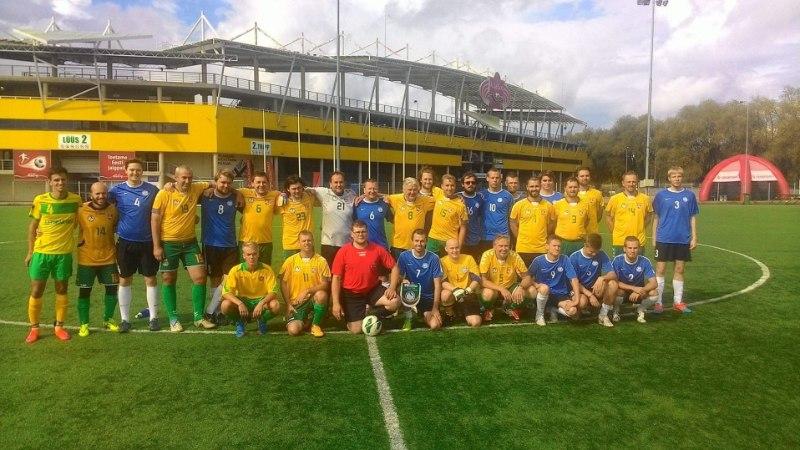 Eesti jalgpalliajakirjanikud said Leedu kolleegidelt napi kaotuse