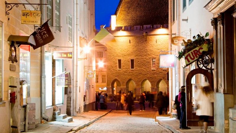 Soomlased ostavad Tallinna kesklinnas kinnisvara kokku, eksperdid ei tea põhjuseid