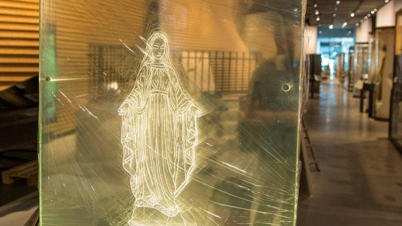Vaimulikud: Neitsi Maarja löömine on kui ema ründamine. Ja nüüd ERM õpetab seda
