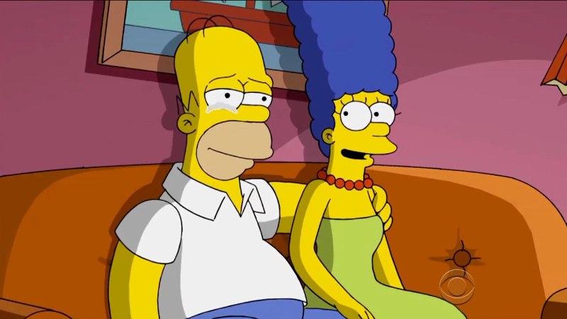 """6 FÄNNITEOORIAT: Homer on tegelikult koomas ja """"Suure paugu teooria"""" põhjustab maailmalõpu?"""