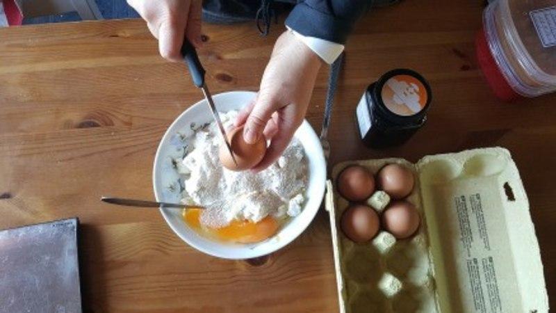 Kristiina Stõkova: Teeme ise! Toitvad-maitsvad sõrnikud!