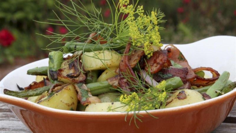 Soe salat ubade ja kartulitega