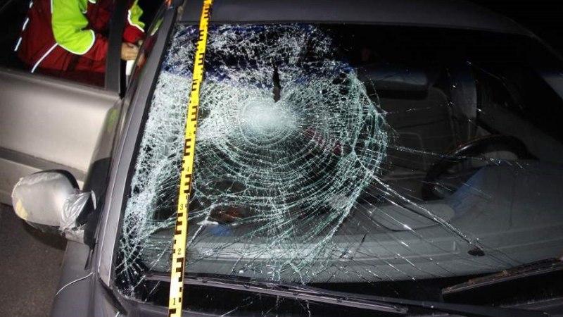 Kainestusmajast välja lastud mees hukkus nelja tunni pärast maanteel