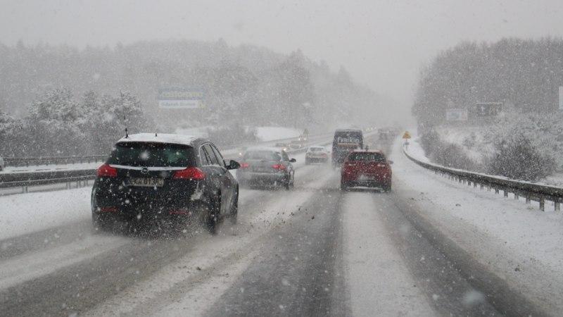 TALVISE AUTOSÕIDU ABC: nipid tuisus ja lumetormis liiklemiseks