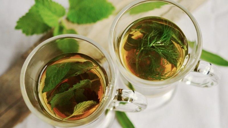 Oluline põhjus, miks tervisespetsialistid soovitavad sel talvel rohkelt teed juua