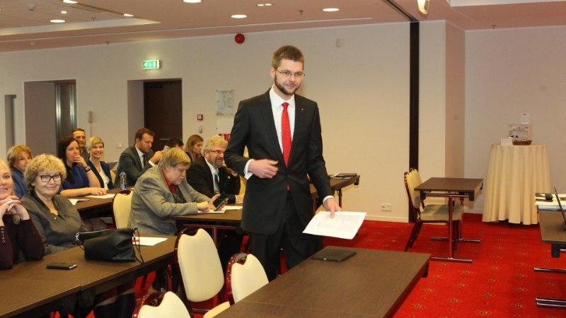 GALERII | Koalitsioonierakondade volikogud alustasid – peagi selgub, kes haaravad ministriportfellid