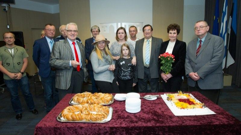 """GALERII   Tallinna Televisioonis õnnitleti """"Meedia keskpunkti"""" tegijaid, valmis 200. saade"""