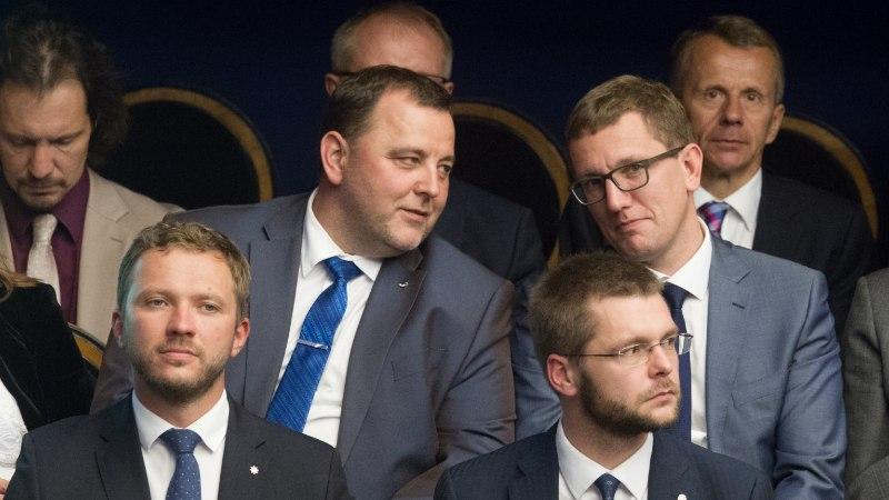 """VALITSUSKRIIS? IRLi ja sotside ministrid kutsuvad """"oravad"""" riigiettevõtete nõukogudest tagasi"""