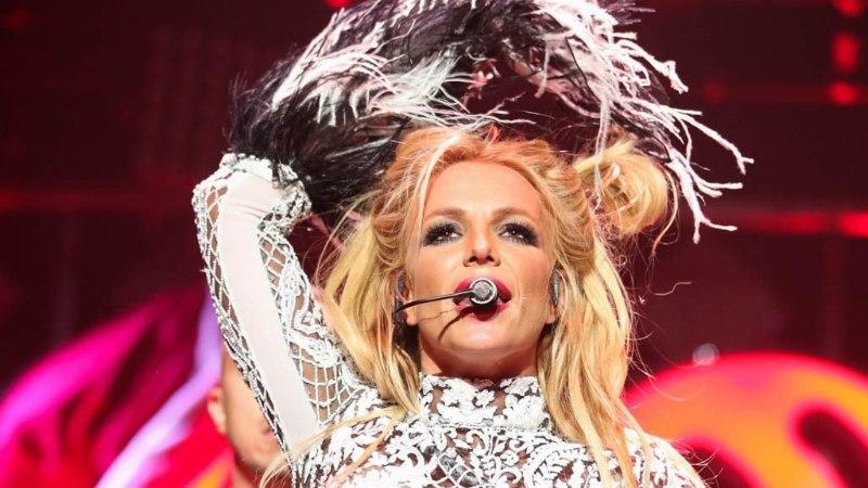 Häkkerid teatasid Twitteris Britney Spearsi surmast
