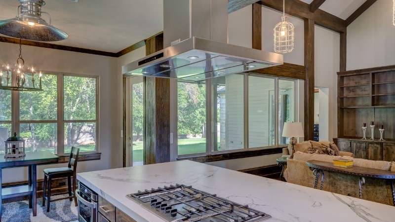 9 võimalust, kuidas väiksele köögile ruumi juurde anda