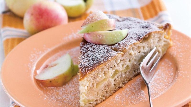 Odra-hapukoorekook õuntega