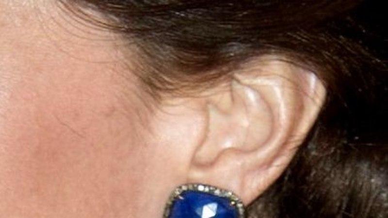 GALERII |Hertsoginna Catherine kannab Indias Bollywoodi-väärilist kleiti
