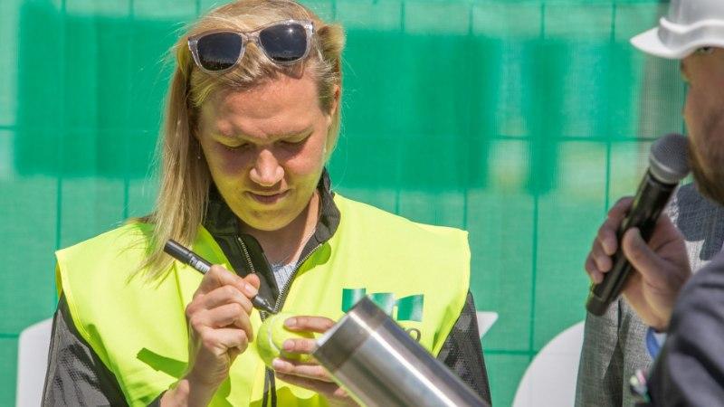 ÕHTULEHE VIDEO | Kaia Kanepi: ootan mõne päeva ja loodan Wimbledoni pääseda