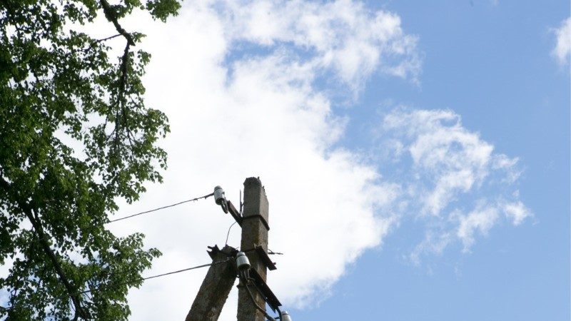 ELEKTRITA JÄÄNUD PÕLVA LINN JUUBELDAB: Elektrivarustus Põlvas on taastatud