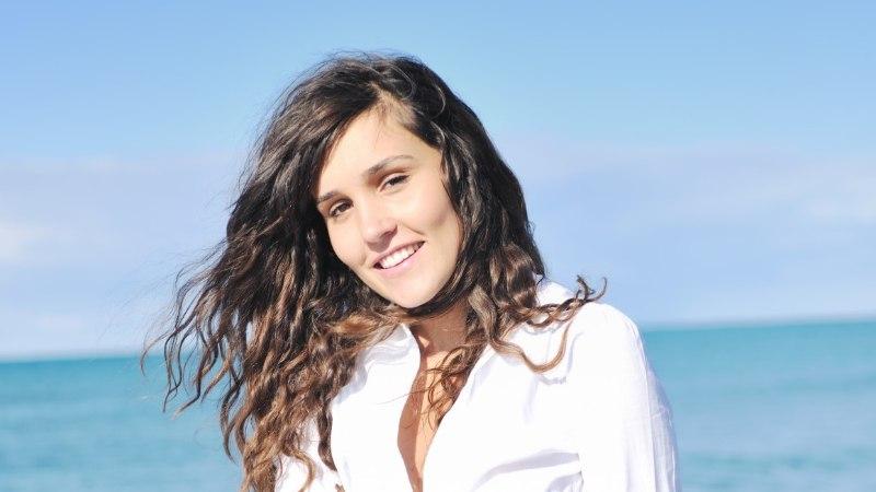 VIDEO | Kuidas suvepäikese eest juukseid kaitsta?