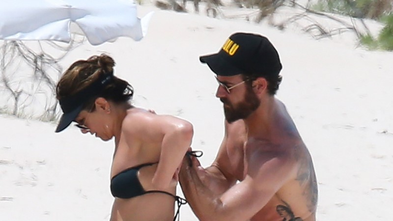 FOTOD | Jennifer Aniston oleks justkui üleöö kõhnunud!