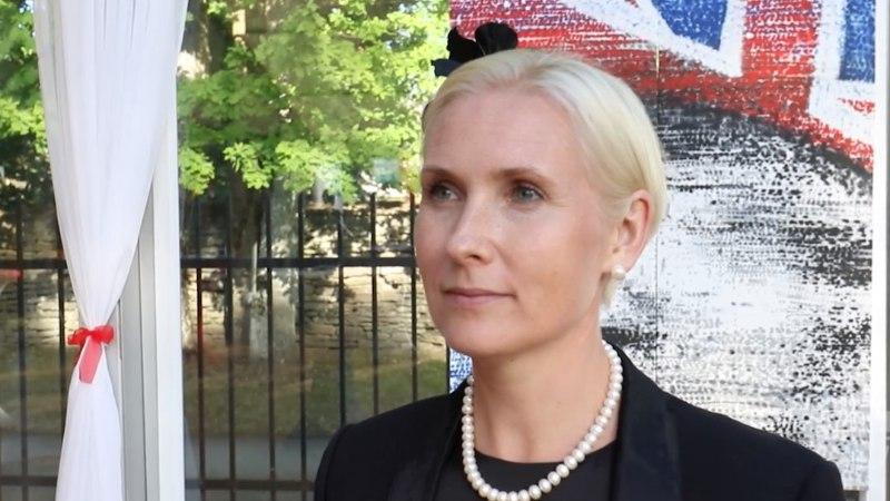 ÕHTULEHE VIDEO | Veronika Portsmuth väisas kübarapidu tänu Briti suursaadiku prouale