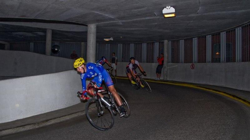 JUBA VARSTI! Stockmanni parkimismajas toimub aasta omapäraseim rattavõistlus